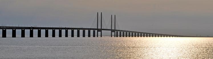 Øresund_Bridge_-_Øresund_crop