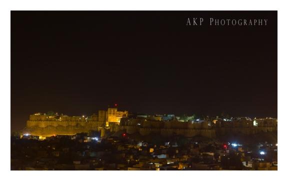 Sonar Kella and the Golden City of Jaisalmer by night...