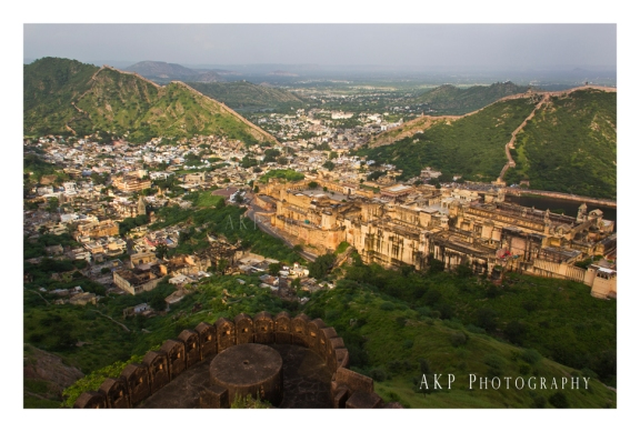 Amer Fort and the town of Amer - as seen from Jaigarh Fort... Photo: AKP Photography